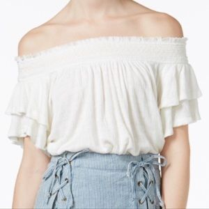 Free People off the shoulder white ruffled top S.
